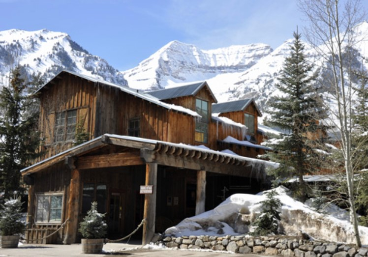 sundance mountain resort lodging